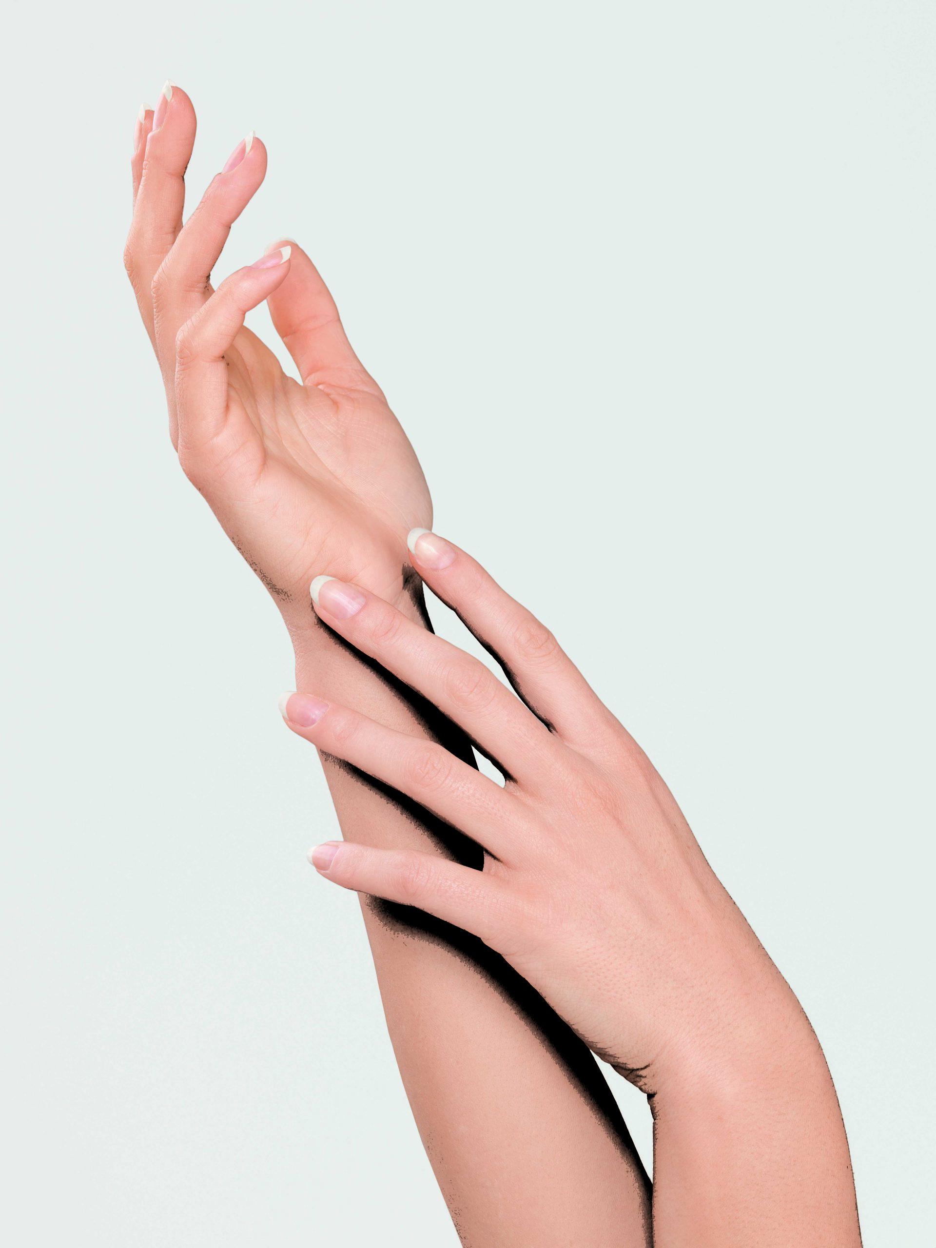 Woman_Hands_0012