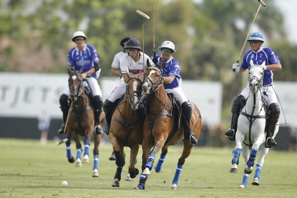 Daily-Racing-Forms-Hilario-Ulloa-Valientes-Adolfo-Cambiaso-©David-Lominska-WEB-1